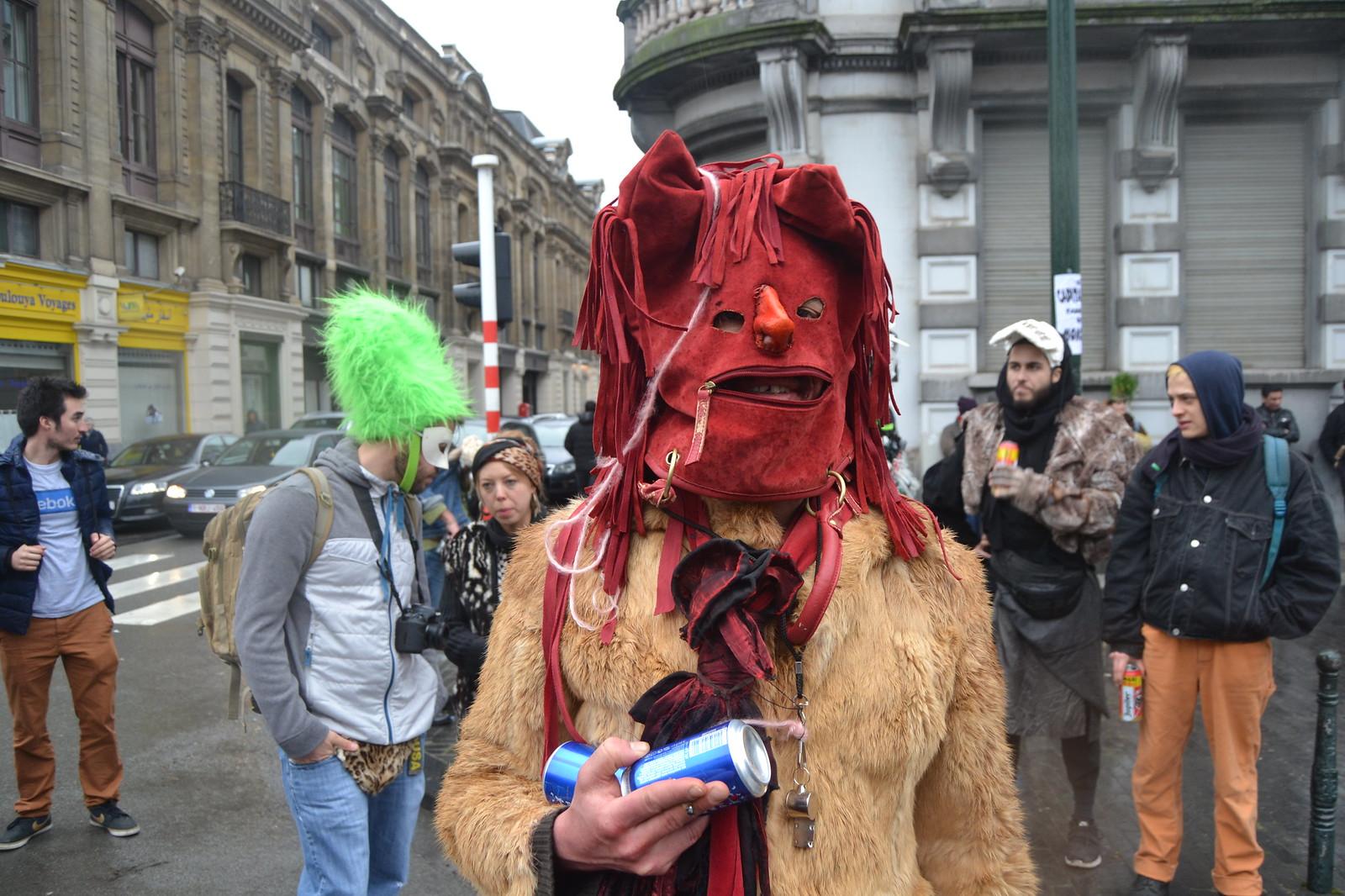 Carnaval Sauvage. Place du Jeu de Balle, 1000 Bruxelles, Belgique. Fotos de zeroanodino para URBANARTIMAÑA. httparteanodino.blogspot.be