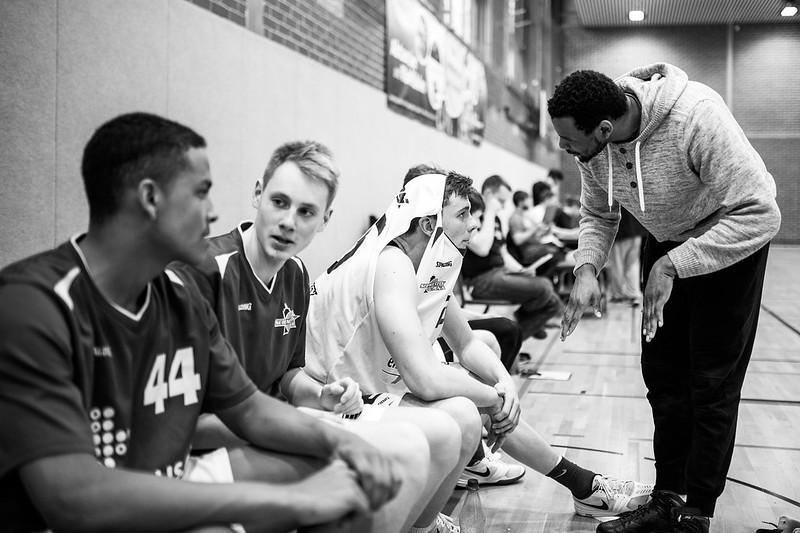 SCJ NBBL Sieg im Playdown vs Junior Baskets Rhein Neckar Foto Christoph Worsch (41)