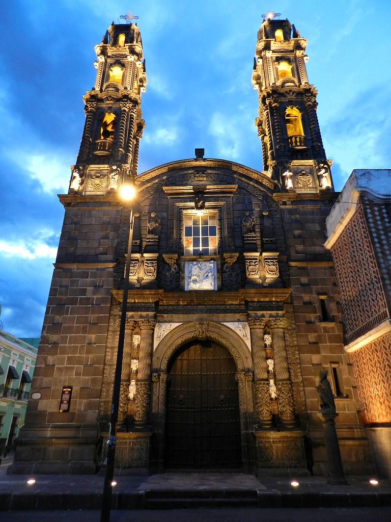 fachada del templo de San Cristóbal