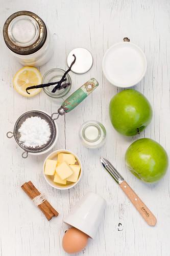 Delicious Recipe Apple Cake Or Spice Cake
