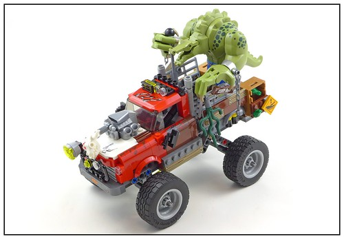 The LEGO Batman Movie 70907 Killer Croc Tail-Gator 22