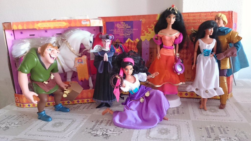 Disney doll collection Updated Hunchback of Notre Dame tent horse and Frollo. | & Disney doll collection: Updated Hunchback of Notre Dame teu2026 | Flickr