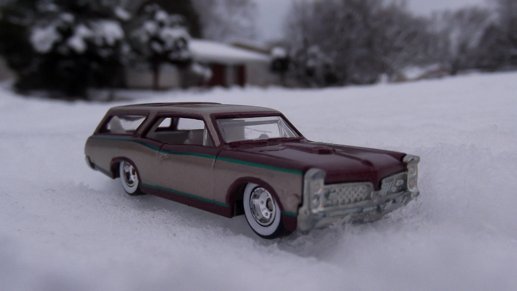Hot Wheels Cars In The Snow Custom 66 Pontiac Gto Wagon Flickr