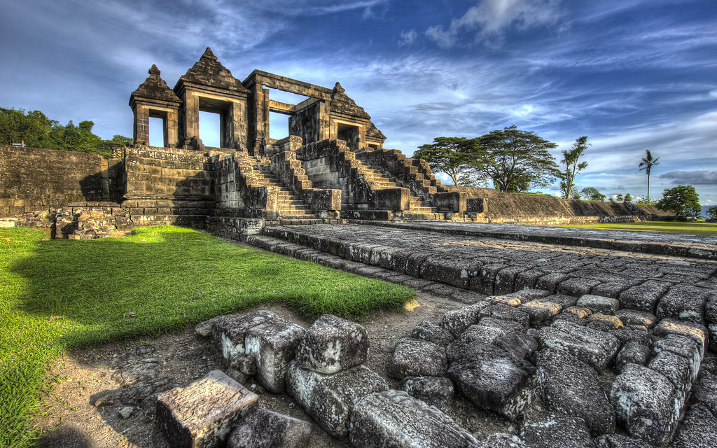 ratu boko temple by sadagus