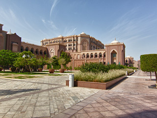 emirates palace hotel abu dhabi | by russimages