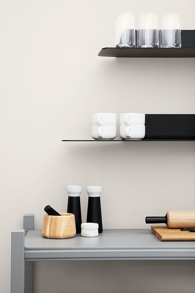 Aluminum shelves in industrial style by Simon Legald from Copenhagen Sundeno_03