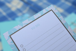 Martha Stewart magnetic to do list | by athriftymrs.com