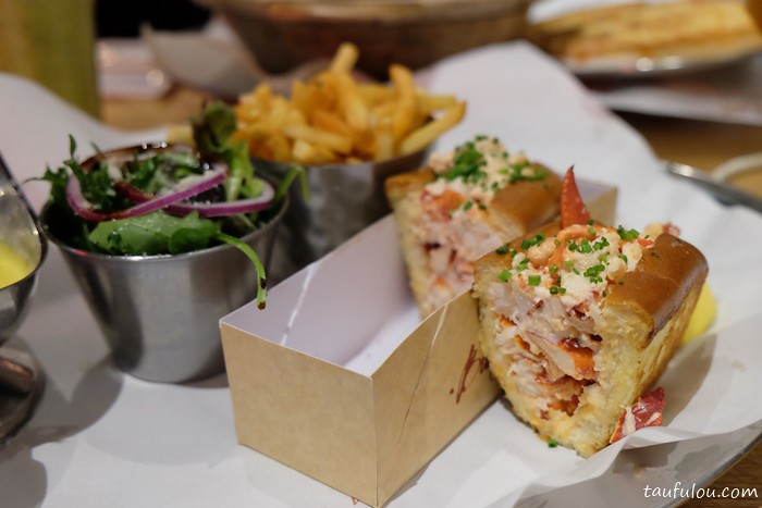 Burger and Lobster (19)
