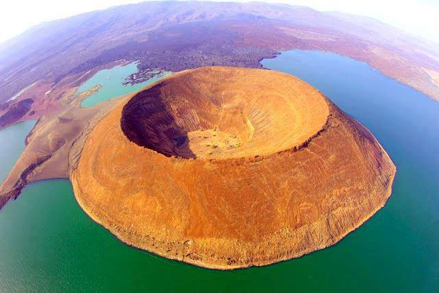 Nabiyotum Crater in Lake Turkanan