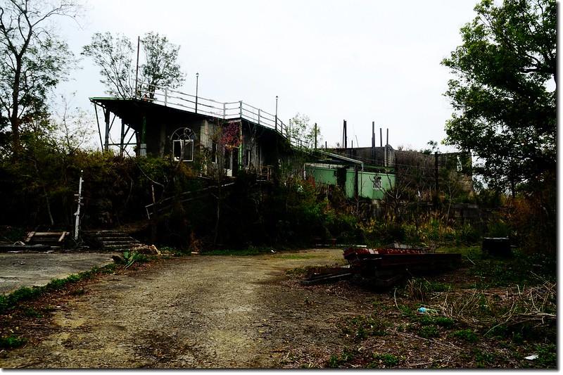 已成廢墟的相思園 2