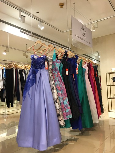 Gowns by Monique Lhuillier, Rustan's