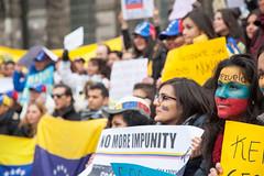 Manifestantes venezolanos piden el fin de la impunidad a las puertas de la OEA