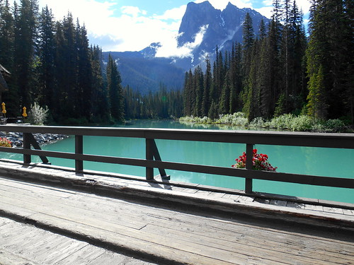 Emerald Lake | by ~Bani~