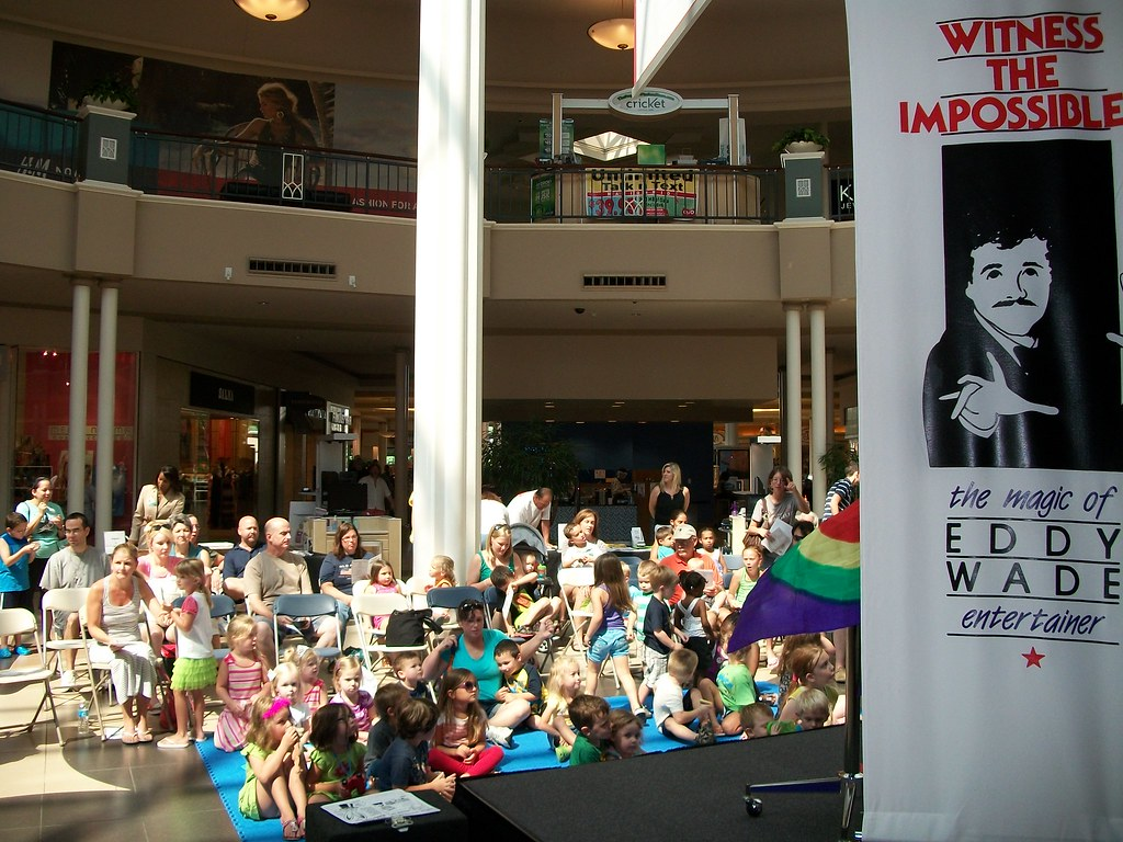 Magician Eddy Wade Performing At Carolina Place Mall Flickr