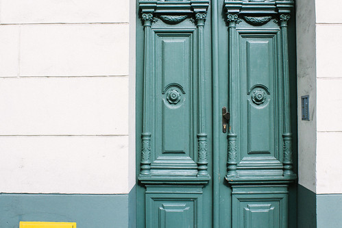 Pretty doors in the Jewish Quarter | by Ashlae | oh, ladycakes