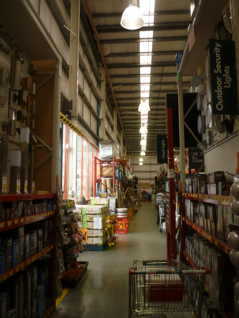 Bunnings Warehouse Sunshine | Located on Ballarat Road, it w… | Flickr