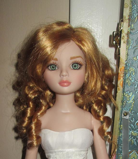Falon in Paige wig