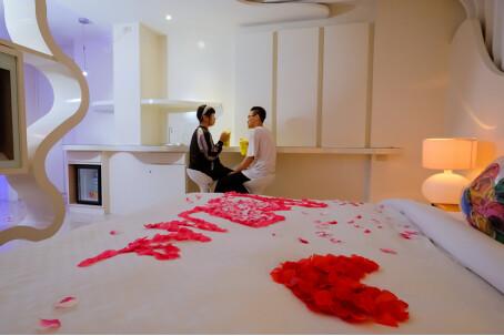 【台南主題汽車旅館推薦】媜13主題超多貝殼屋讓我度過美好的一晚_v21071