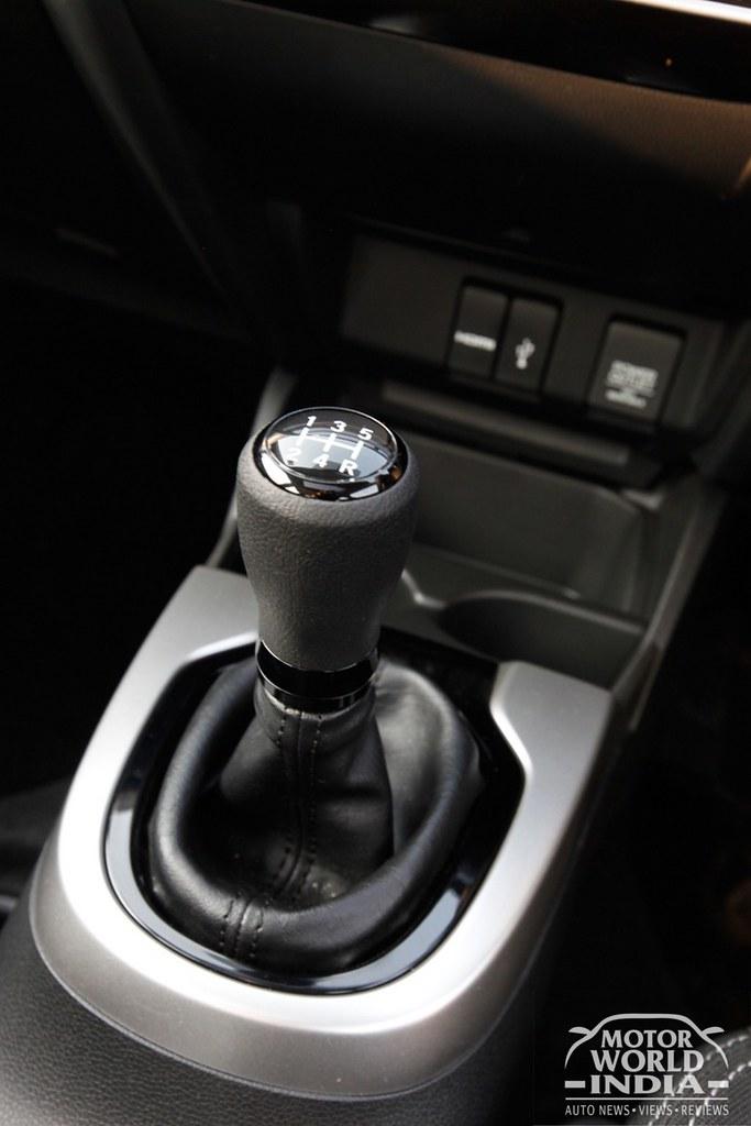 Honda-WRV-Gear-Lever