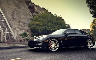 porsche-panamera-porsche-pan-the-road-wheels-car | by sol.control