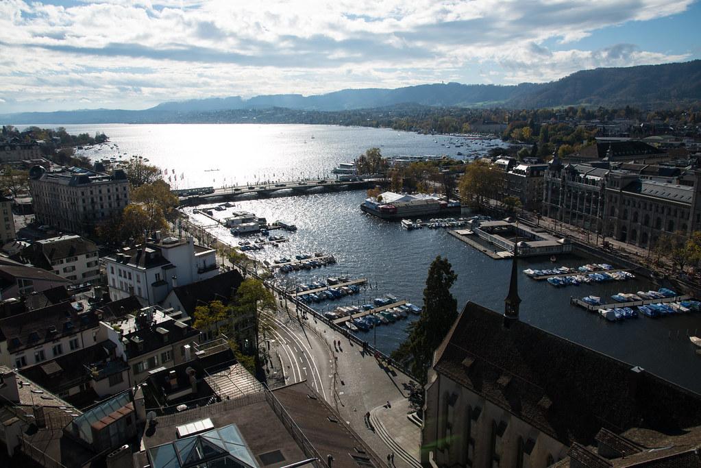 Blick über Zürich vom Großmünster-Turm