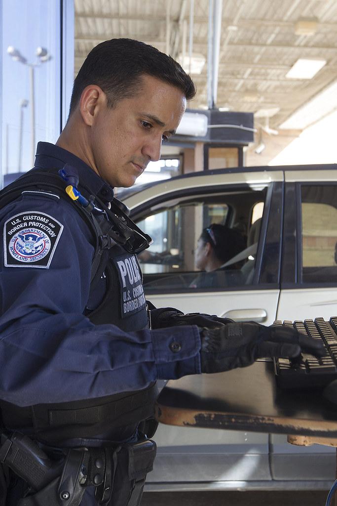 south texas cbp officer works inbound traffic at the hidalgo international bridge port of entry cbp officer job description