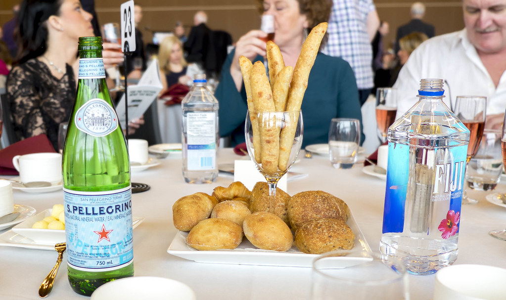 Nosh and Nibble - Top 5 Pairings - Vintners Brunch - VIWF 2017 #foodie #foodporn