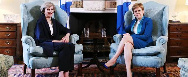 Brexit, la Camera dei Lord si arrende, la Scozia no.