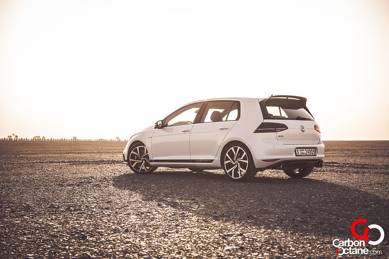 volkswagen_golf_gti_clubsport_edition_40_review_dubai_carbonoctane_3