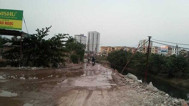 600 hộ dân kêu cứu vì mua nhà giữa Thủ đô mà không có… đường