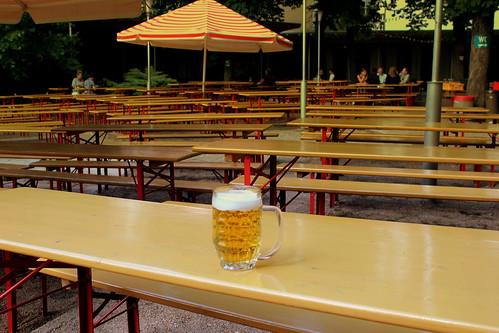 prater lager bier at the pratergarten bier garten near to. Black Bedroom Furniture Sets. Home Design Ideas