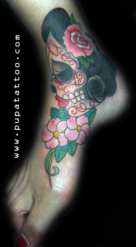Tatuaje Calavera Flores Pupa Tattoo Granada Pupa Tattoo A Flickr