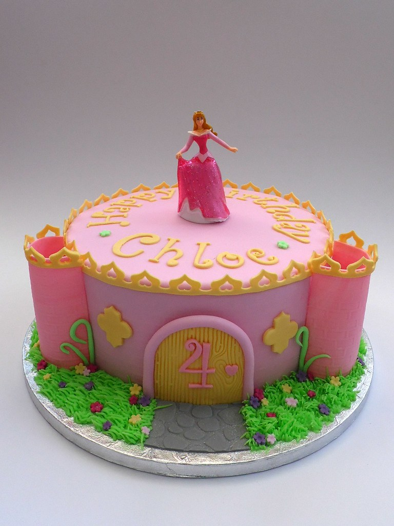 Princess Castle 4th Birthday Cake With Aurora Melissa Rayner Flickr