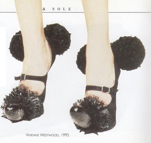 The Penis Shoe, Vivienne Westwood, 1995.(男根靴 / ペニス・シューズ、ヴィヴィアン・ウェストウッド、1995年)