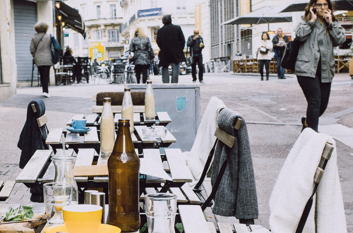 170325_tables.bottles_022130
