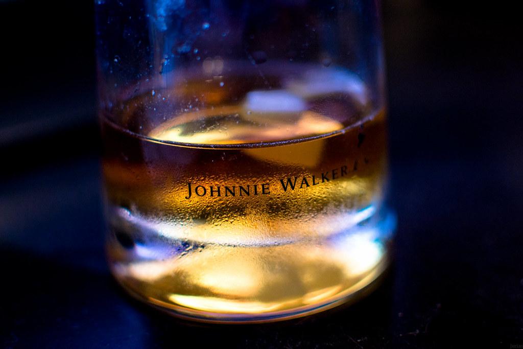 9f766e1a0aca ... Johnnie Walker whisky glass
