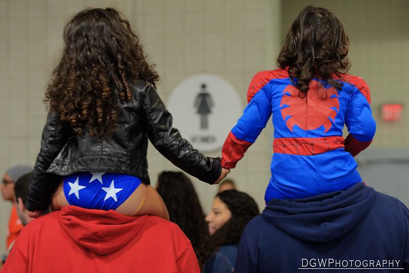 Super Hero Sisters