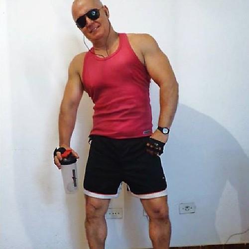 Dinhocunha Workout Daddy Muscle Bodybuilder Dad Mat