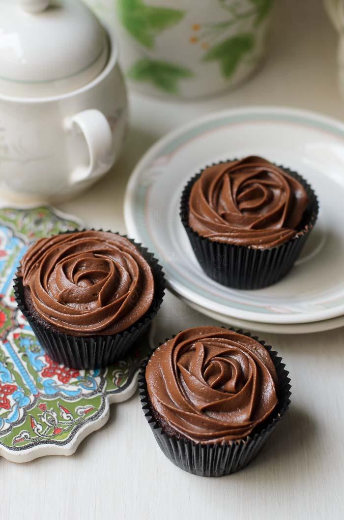 Sour cream chocolate cupcake