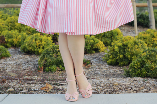 Unique Vintage 1950s Style Pale Peach & White Stripe Hamilton Swing Dress