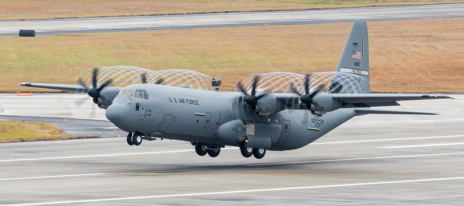 �ล�าร���หารู�ภา�สำหรั� c-130