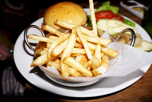 best restaurant in calistoga sams social club