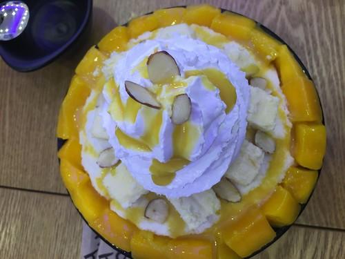 Hobing mango dessert