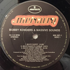 BOBBY KONDERS & MASSIVE SOUNDS:MACK DADDY featuring MIKEY JARRETT(LABEL SIDE-A)