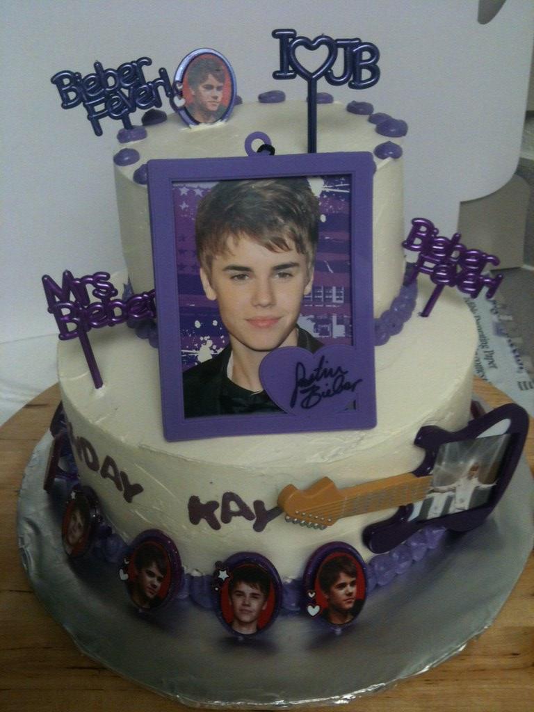 Super Justin Bieber Birthday Cake Meghan Duffy Bake A Wish Flickr Funny Birthday Cards Online Elaedamsfinfo