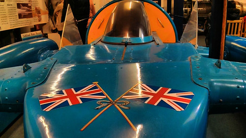 Flags on Campbell's Bluebird K7