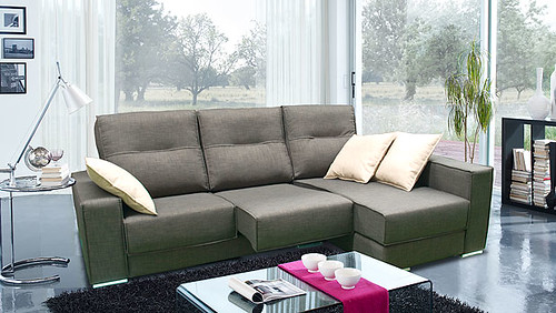 Sofa con cheslong de 3 plazas y con cojines sofa con for Sofas 3 plazas mas cheslong
