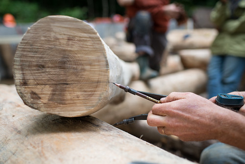 Scribing a Roundwood Grindbygg Knee Brace | by goingslowly