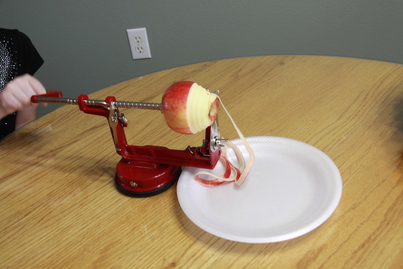 apple slicer corer peeler (6)
