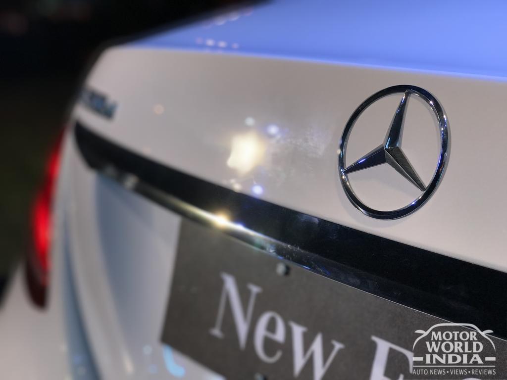 2017-Mercedes-Benz-E-Class-LWB-Logo (2)